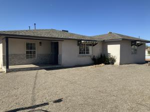2900 LOS ANAYAS Road NW, Albuquerque, NM 87104