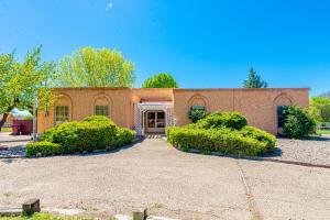 355 ESPERANZA Drive, Bosque Farms, NM 87068