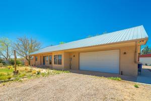 701 W FRONTAGE Road, Belen, NM 87002