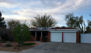 9813 PITT Place NE, Albuquerque, NM 87111