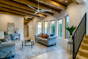 5209 Guadalupe Trail NW, Albuquerque, NM 87107