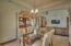 Breakfast nook/Living/Kitchen