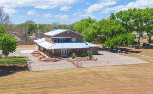 2560 Green Drive, Bosque Farms, NM 87068