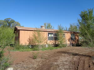 10 RENITA Lane, Los Lunas, NM 87031