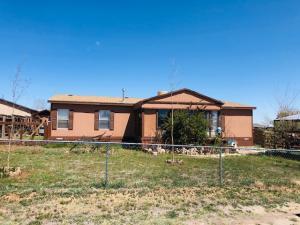 416 COMMANCHE Drive, Las Vegas, NM 87701