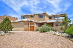 6809 CHAPINGO Road NE, Rio Rancho, NM 87144