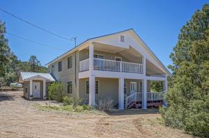 64 Easy Street, Tijeras, NM 87059