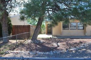 413 DAKOTA Street SE, Albuquerque, NM 87108