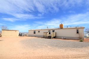 5703 LIZARD Lane SW, Albuquerque, NM 87121
