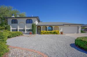 3417 YOSEMITE Drive NE, Albuquerque, NM 87111