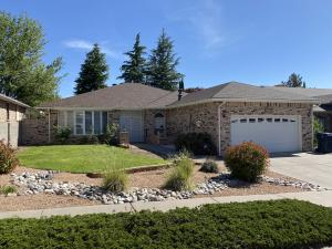 9108 MERIWETHER Avenue NE, Albuquerque, NM 87109