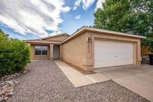 10615 SOLE ROSSO Court NW, Albuquerque, NM 87114
