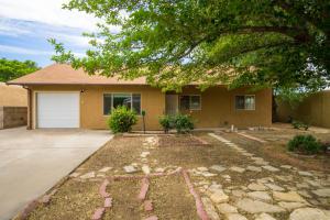 10416 Love Avenue NE, Albuquerque, NM 87112