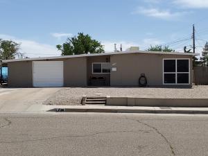 4208 MESCALERO Road NE, Albuquerque, NM 87110