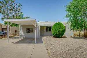 317 ADAMS Street NE, Albuquerque, NM 87108
