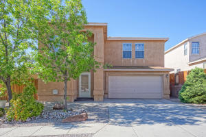 5004 BLUE STONE Road NW, Albuquerque, NM 87114