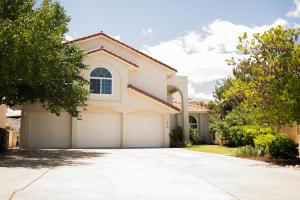 4512 STOCKBRIDGE Avenue NW, Albuquerque, NM 87120