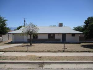 1006 TOMAS Court SW, Albuquerque, NM 87121