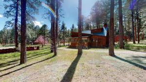 417 Horseshoe Loop, Jemez Springs, NM 87025