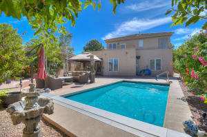 6109 Silver Leaf Trail NE, Albuquerque, NM 87111
