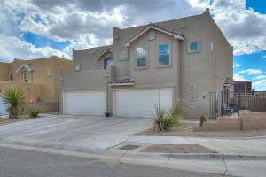 863 MESA DEL RIO Street NW, Albuquerque, NM 87121