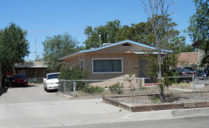 411 HARVARD Drive SE, Albuquerque, NM 87106