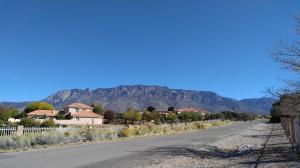 9908 San Bernardino Avenue NE, Albuquerque, NM 87122