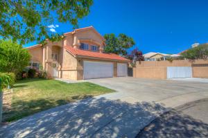 7415 CARDIFF Avenue NE, Albuquerque, NM 87109