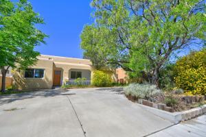 1511 ANDERSON Place SE, Albuquerque, NM 87108