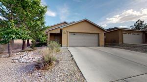 5640 BALD EAGLE Road NW, Albuquerque, NM 87114