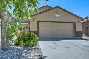 9908 Pinot Noir Avenue SW, Albuquerque, NM 87121