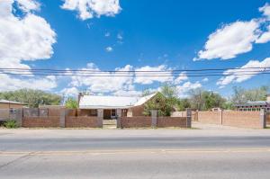 4821 ISLETA Boulevard SW, Albuquerque, NM 87105