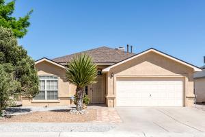 9704 MONTERIA Court NW, Albuquerque, NM 87114