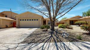 5304 Crooked Creek Avenue NW, Albuquerque, NM 87114