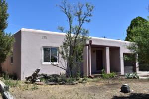 1316 WILMOORE Drive SE, Albuquerque, NM 87106