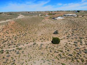 5550 Lilac Place NE, Rio Rancho, NM 87144