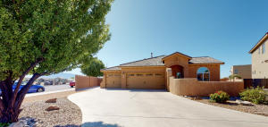 6504 DESERT SPIRIT Road NW, Albuquerque, NM 87114