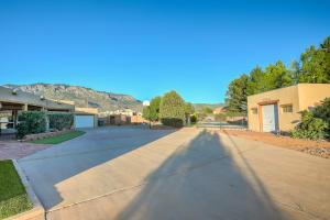 11400 ANAHEIM Avenue NE, Albuquerque, NM 87122