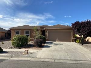 1310 CARNIVAL Avenue NW, Los Lunas, NM 87031