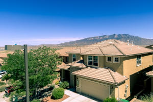 7125 Fairbanks Drive NE, Rio Rancho, NM 87144