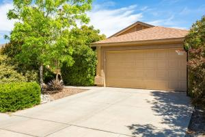 6315 Orfeo Trail NW, Albuquerque, NM 87114