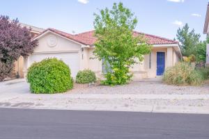 9604 KARTHALA Avenue NW, Albuquerque, NM 87120