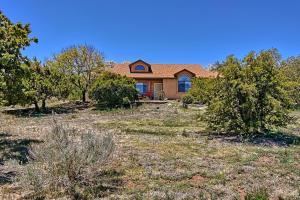 33 Palomino Road, Edgewood, NM 87015