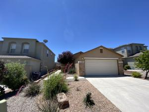 10652 MCMICHAEL Lane SW, Albuquerque, NM 87121