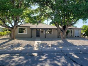 2813 GARCIA Street NE, Albuquerque, NM 87112