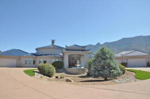 11709 ELENA Drive NE, Albuquerque, NM 87122