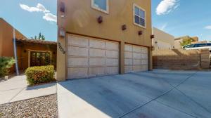 9809 BENTON Street NW, Albuquerque, NM 87114