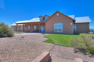 700 SALIDA SANDIA SW, Albuquerque, NM 87105