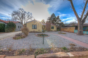 1512 SILVER Avenue SW, Albuquerque, NM 87104