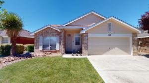 7215 LANTANA Avenue NW, Albuquerque, NM 87114